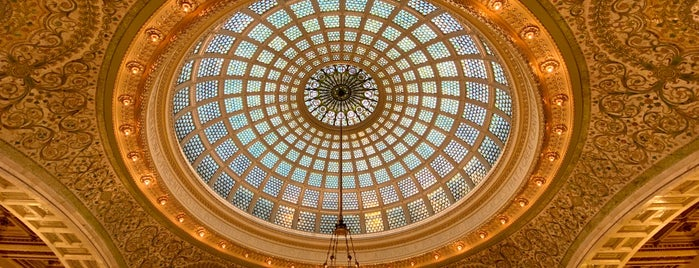 Tiffany Dome At The Chicago Cultural Center is one of Samantha 님이 좋아한 장소.