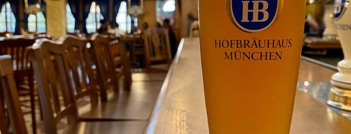 Hofbräuhaus is one of Tempat yang Disimpan Thomas.