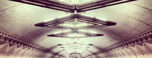 metro Tulskaya is one of Posti che sono piaciuti a Sergey.