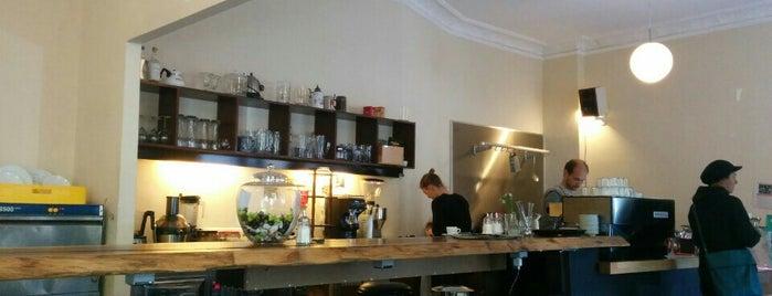 Göttlich Essen & Trinken is one of Coffee Places_Berlin.