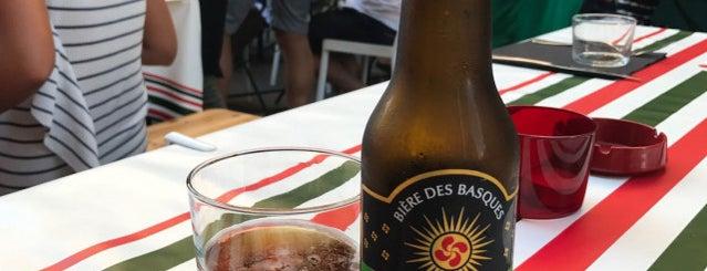 La Belloteka is one of Locais curtidos por jordi.