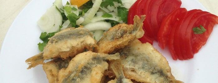 Ferhat Büfe Balık Ekmek is one of izmir.