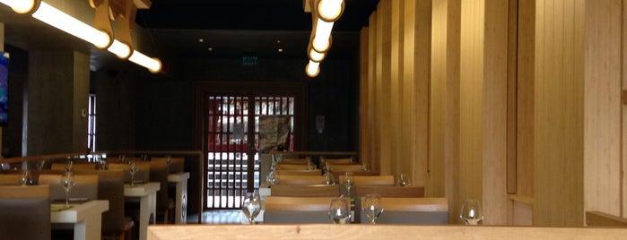 Hori authentic japanese restaurant is one of สถานที่ที่ Fuat ถูกใจ.