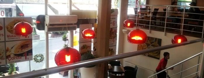 Salon Food & Cafe is one of Locais curtidos por Pelin.