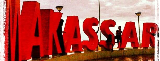 Makassar is one of Ibukota Provinsi di Indonesia.