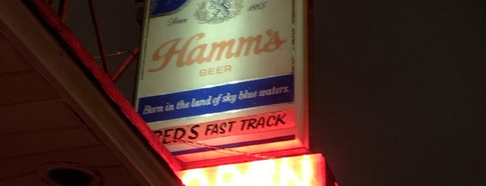Fred's Fast Track is one of Rob's Liked Places.