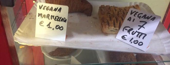 7000 caffe is one of Colazione vegan a Milano e dintorni.