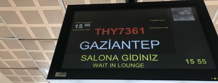İç Hatlar Terminali is one of Tempat yang Disukai 🇹🇷Sedat.