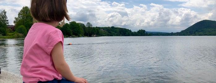 Lago di Monate is one of Zoltan'ın Beğendiği Mekanlar.