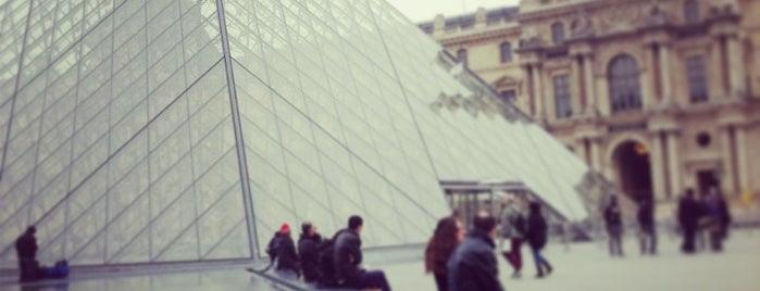 ルーヴル美術館 is one of Paris - best spots! - Peter's Fav's.