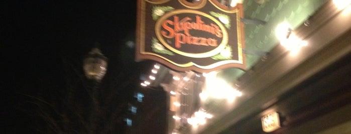 Skipolini's Pizza is one of Erik'in Beğendiği Mekanlar.