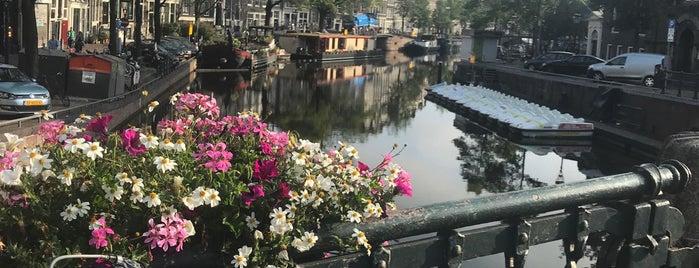 Nieuwe Wercksbrug (Brug 63) is one of De Jordaan 1/2.