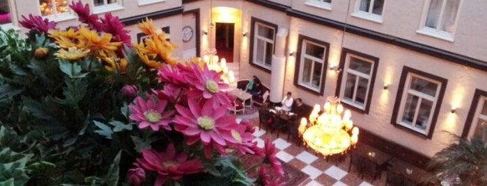 Best Western Hotel Bentleys is one of Posti che sono piaciuti a Gehlen.