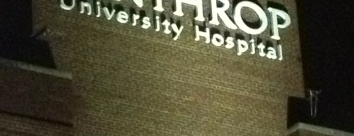 Winthrop University Hospital is one of Lieux qui ont plu à Patrick.