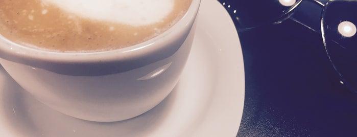 Caffé | keyifli is one of สถานที่ที่บันทึกไว้ของ 🆉🅴🆈🅽🅴🅻.