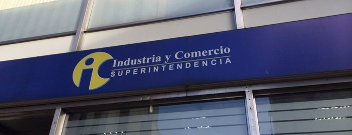 Superintendencia de Industria y Comercio is one of Aquí Se debería Poder Rayar las Paredes.