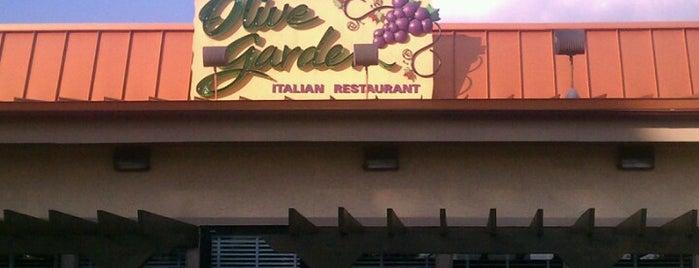 Olive Garden is one of Orte, die Waleed gefallen.