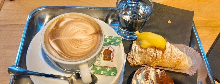 Coffeosi Passion Store is one of สถานที่ที่ Raffaele ถูกใจ.