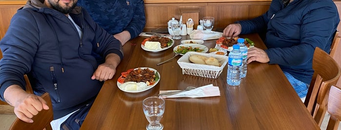 Çamlık Et Mangal Küçük Sanayi Şubesi is one of Murat karacimさんのお気に入りスポット.