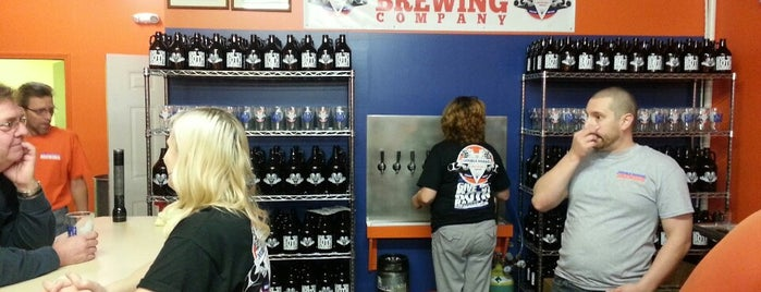 Eastwood Brewing Company is one of Lugares favoritos de Dan.