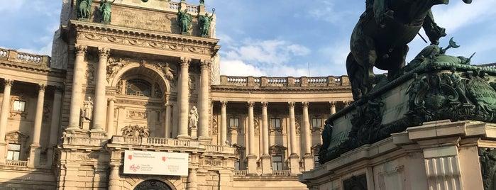 Neue Burg is one of Vienna my love.