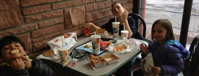 McDonald's is one of Lieux qui ont plu à Danny.