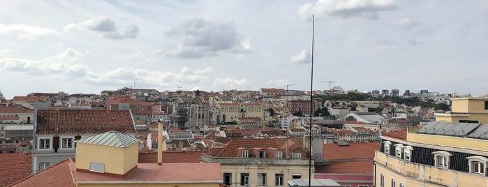 Miradouro do Castelo de São Jorge is one of Lieux qui ont plu à Rafael.