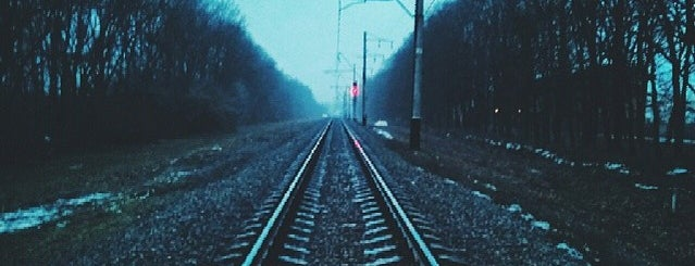 Станція Супрунівка is one of Tempat yang Disukai Samet.