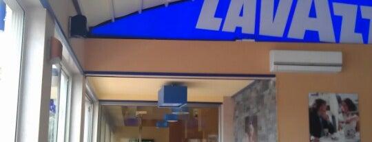 Lavazza Café is one of Batuhan 님이 저장한 장소.