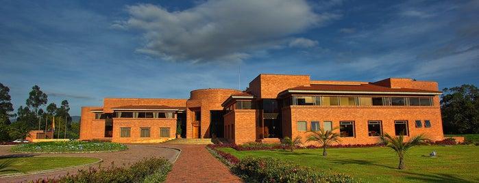 INALDE Business School is one of Orte, die Marcela gefallen.