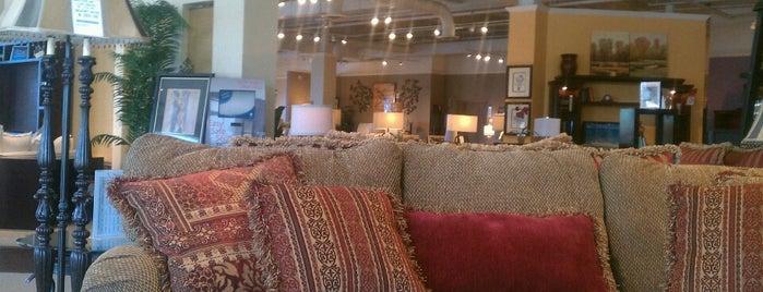 Belfort Furniture is one of Orte, die Evan gefallen.
