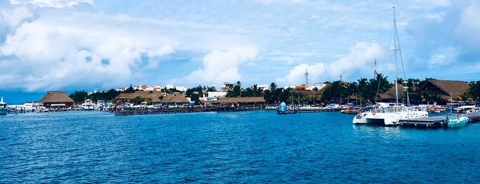 Ferry Marítima Isla Mujeres is one of Lieux qui ont plu à Jhalyv.
