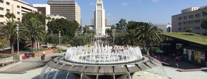 Civic Center Plaza is one of Estebanさんの保存済みスポット.