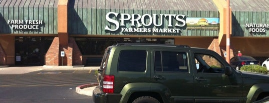 Sprouts Farmers Market is one of Lugares favoritos de Anthony.