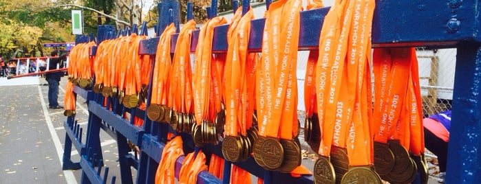 ING New York City Marathon Finish Line is one of สถานที่ที่ Swen ถูกใจ.