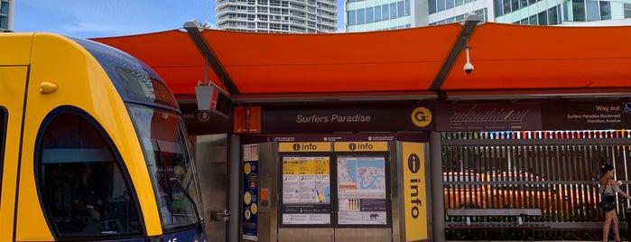 Surfers Paradise Station is one of Locais curtidos por Oscar.