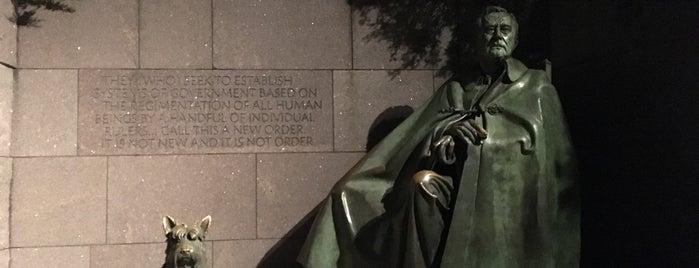 Franklin Delano Roosevelt Memorial is one of Locais curtidos por Leonard.