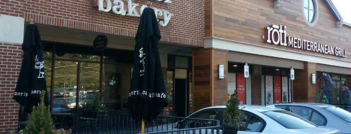 Corner Bakery Cafe is one of Lieux qui ont plu à IS.