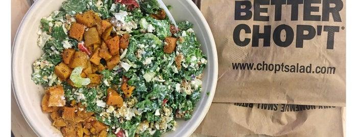 Chop't Creative Salad Company is one of Lugares favoritos de Lily.