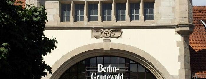 S Grunewald is one of U & S Bahnen Berlin by. RayJay.