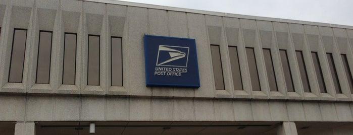 Merrifield Post Office is one of Dawn'ın Beğendiği Mekanlar.