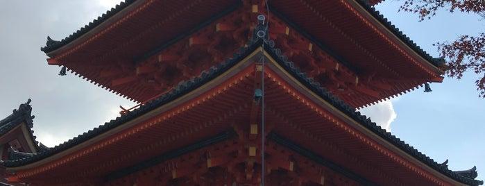 Kiyomizu-dera Temple is one of Tempat yang Disukai Yohan Gabriel.
