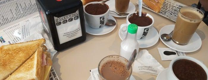 De La Mota Café is one of สถานที่ที่ Miguel ถูกใจ.