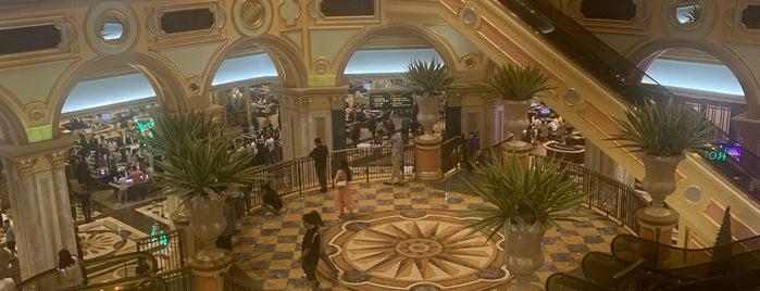 The Venetian Casino is one of V͜͡l͜͡a͜͡d͜͡y͜͡S͜͡l͜͡a͜͡v͜͡a͜͡'ın Beğendiği Mekanlar.