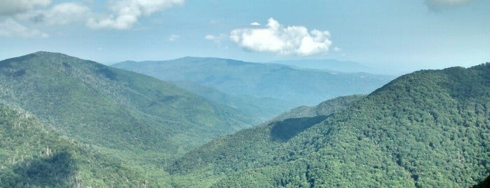 Chimney Tops Trail is one of Locais curtidos por Anthony.