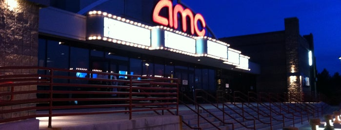 AMC Braintree 10 is one of Tempat yang Disukai icelle.