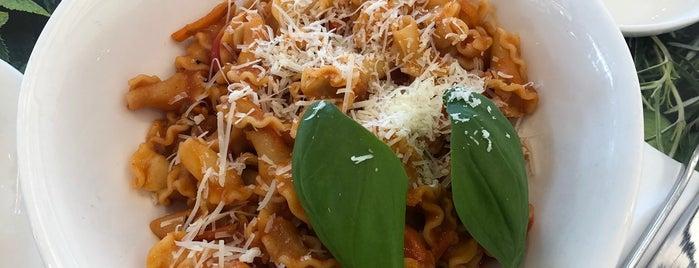 Vapiano is one of Tempat yang Disimpan Good Food.