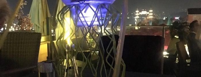 Arya Lounge is one of Tempat yang Disukai Hüseyin.