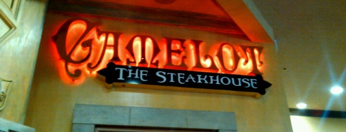 The Steakhouse at Camelot is one of Locais curtidos por Fernando.