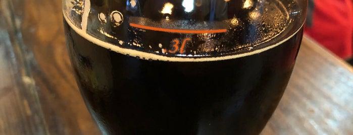 Coelacanth Brewing is one of Tempat yang Disukai Andrew.